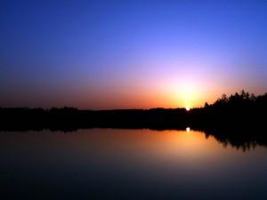 Beaver Lake at sunrise